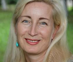Елена Манакова